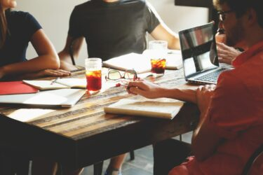 新規ビジネス・商品開発などあらゆる事業で重要となるプロジェクト管理のポイント